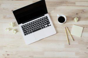 チャットレディのノンアダルト(アダルトなし)仕事内容と収入の本音|チャットレディで副業!始め方と安全に稼げるおすすめサイト
